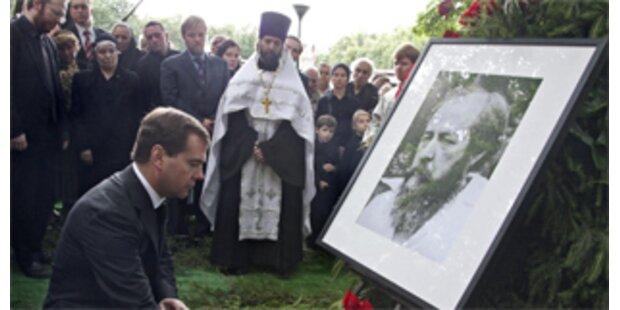 Solschenizyn in Kloster in Moskau beerdigt