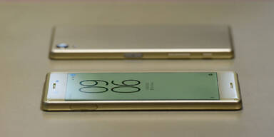 Sony Xperia X & Hightech-Gadgets