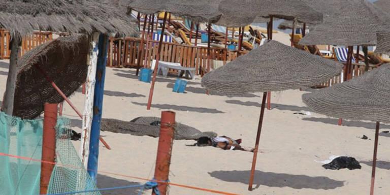 Attentäter sprengt sich am Strand