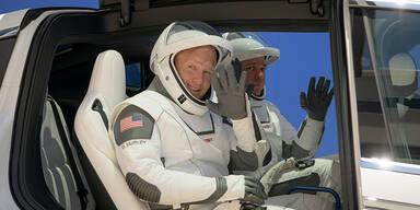 SpaceX: Jetzt startet 2. Versuch für Weltall-Flug