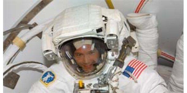 Spazierengehen im Weltraum will gelernt sein