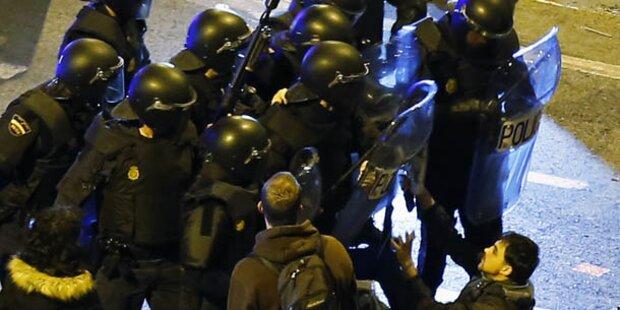 Krawalle bei Protest gegen Sparpolitik