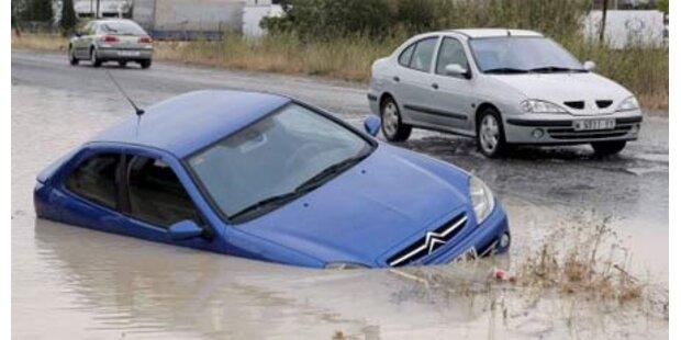 Unwetter in Spanien fordern 3 Tote