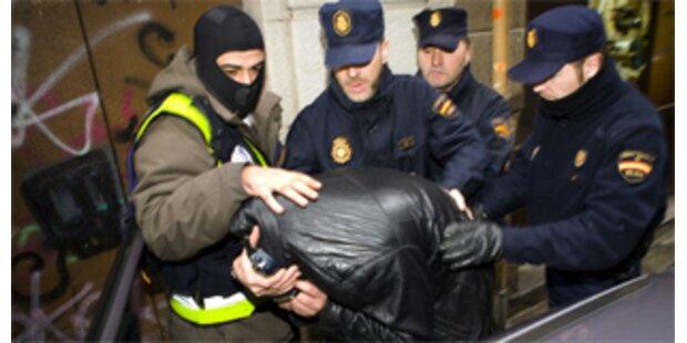 Fünfzehn Terrorverdächtige in Spanien festgenommen