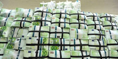 Geld; Sparpaket; Euroscheine