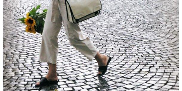 Zu Fuß zum Arbeitsplatz hält gesund