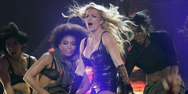 Britney: Leere Sitze bei Tourauftakt
