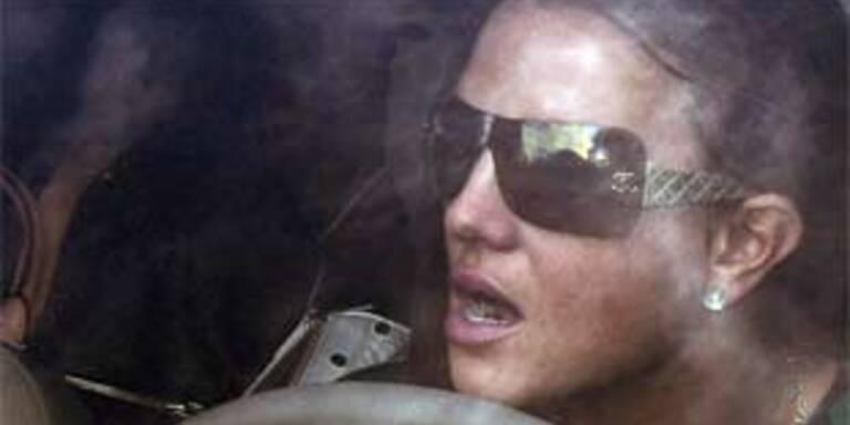 Britney Spears am Steuer