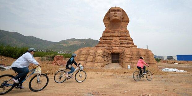 Chinesen müssen riesige Sphinx zerstören