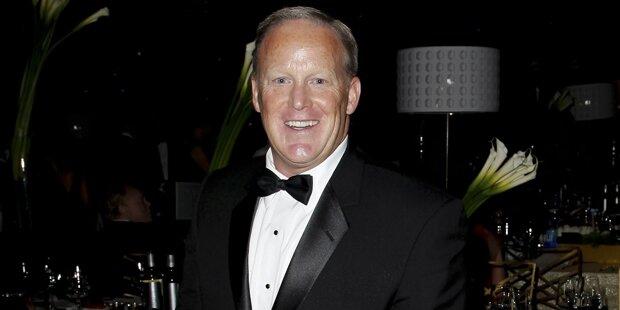 Früherer Trump-Sprecher Spicer tritt überraschend bei Emmys auf