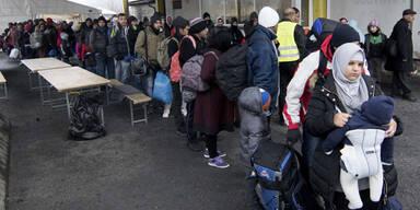 Täglich kommen 3.000 neue Flüchtlinge an