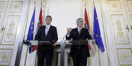 Steuern: Koalitions- Streit geht weiter