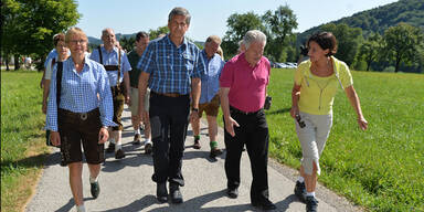 ÖVP-Wahlkampfauftakt: Attacke gegen Kanzler