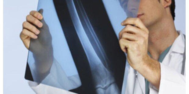 Spital doppelt so teuer wie praktischer Arzt