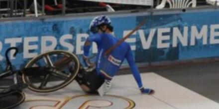 Schock! 17-jähriger Bahnrad-Star von Holzstück durchbohrt