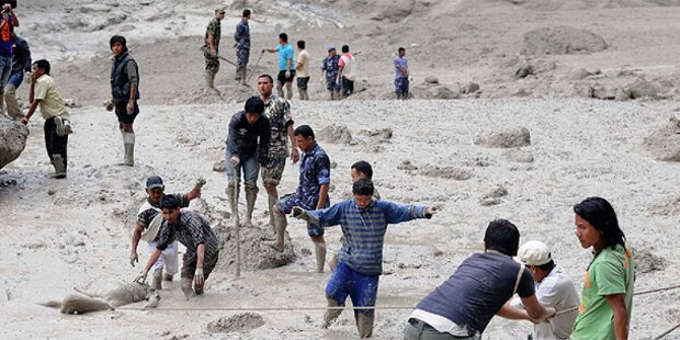 Nepal: Springflut schwemmt Dorf weg