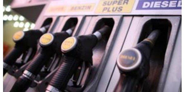 Spritpreise steigen trotz sinkender Rohölkosten