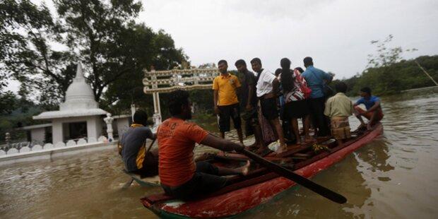 100.000 Menschen Flut-Opfer
