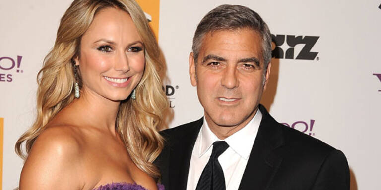 Alles aus! So speist Clooney Stacy ab