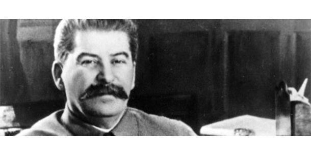 Kommunisten fordern Heiligsprechung Stalins