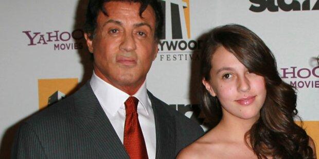 Slys Tochter besucht Pariser Debütantenball