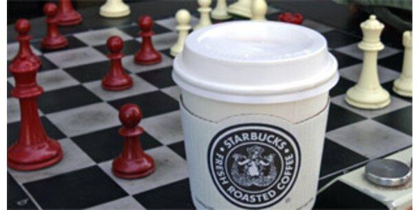 Starbucks schließt 600 statt 100 Filialen