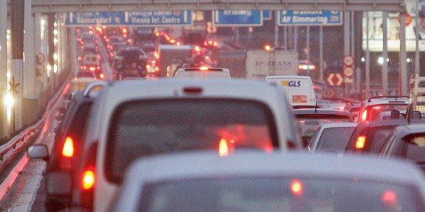 Unfall-Serie sorgt für Mega-Stau in Wien