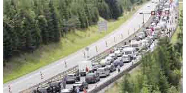 Reisewelle sorgte für Chaos vor dem Tauerntunnel