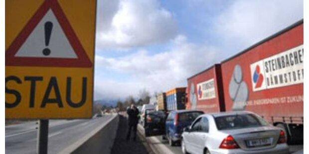 10 km Stau auf A4 in NÖ