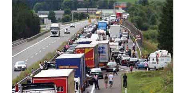 Totales Verkehrschaos auf der A2