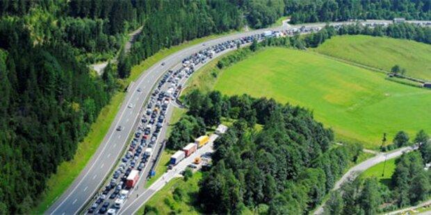 Tauerntunnel nach Unfall gesperrt