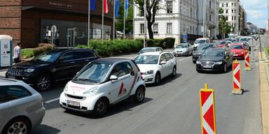In diesen Städten stehen die Österreicher am längsten im Stau