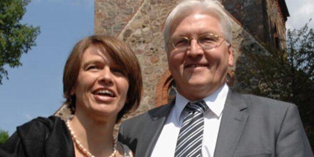 Steinmeiers Frau verlässt Intensiv