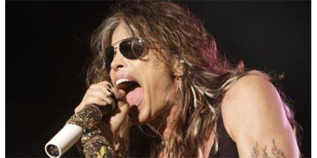 Aerosmith-Tyler brach sich die Schulter