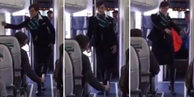 Stewardess legt heiße Tanzeinlage hin