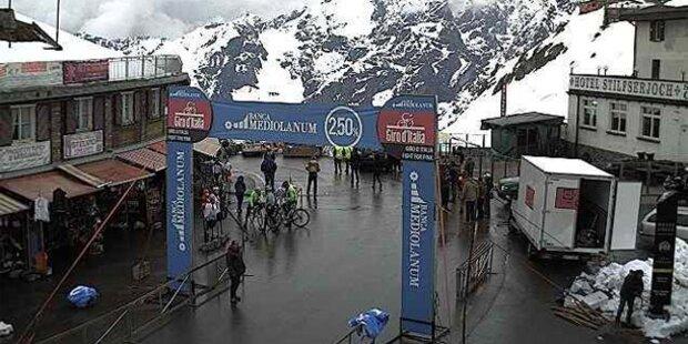 Schneefall beim Giro d'Italia