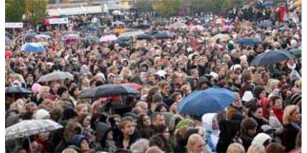 Riesendemo in Schweden gegen Gewalt unter Jugendlichen