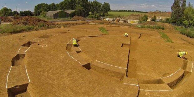Sensations-Fund: 2. Stonehenge entdeckt