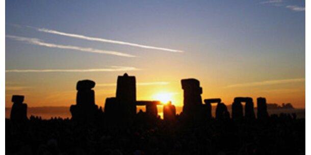 Hunderte kamen zu Winterbeginn nach Stonehenge