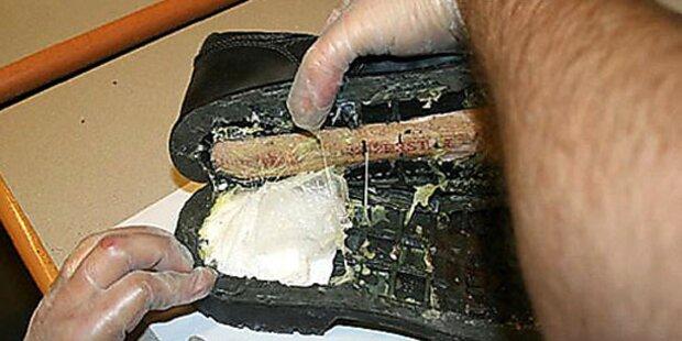 Kokain in Schuhen eingeschmuggelt