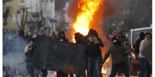NATO-Gifpel startet mit 200 Festnahmen