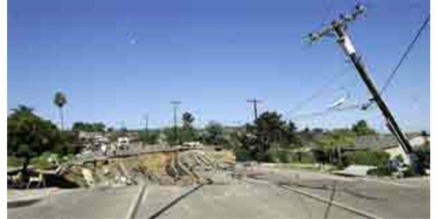 Straße in Kalifornien eingestürzt