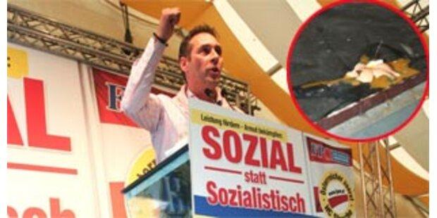 Wurfgeschosse gegen Strache bei Wahlveranstaltung