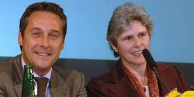 Hofburg-Wahl: Rosenkranz vor Strache