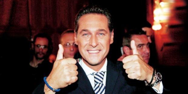 FPÖ-Strache schon auf Platz 2