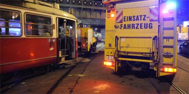 Straßenbahn in Wien-Währing entgleist