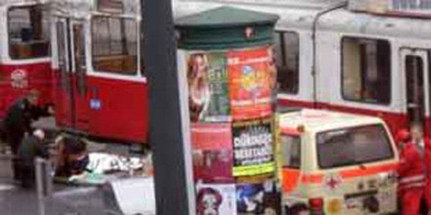 Obdachloser in Wien lief gegen Bim