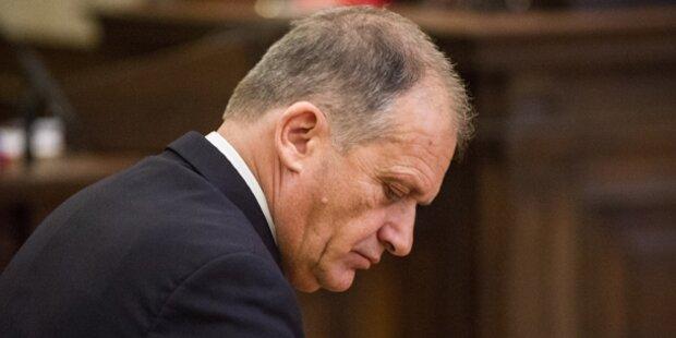 Strasser-Prozess: Schöffe gefeuert
