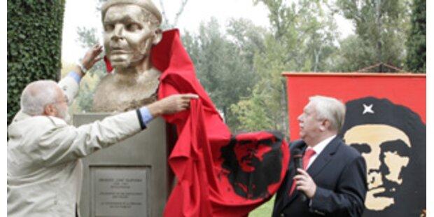 Che Guevara-Statue sorgt für Wirbel