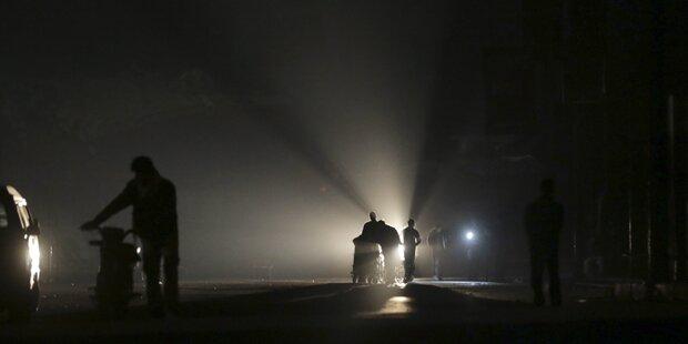 Stromausfall und Brand nach Verkehrsunfall